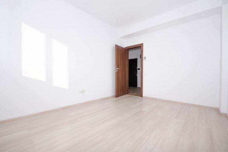 Apartament cu vedere panoramica si terasa generoasa la Parcul Carol!