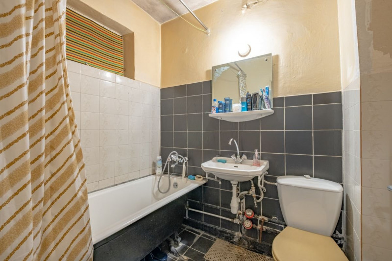 2 camere Tomis Nord, zona linistita, apartament cu potential