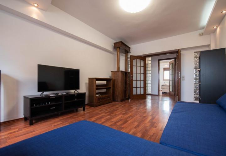 Apartament decomandat cu vedere panoramica.